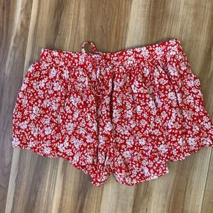 Olivaceous Red Floral Swing Shorts Size M